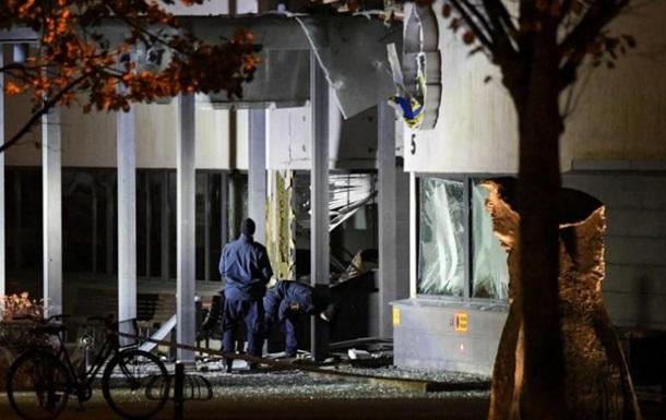 ВШвеции увхода вполицейский участок произошел взрыв