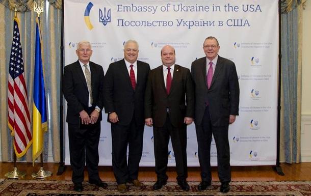 США передадут Украине 40 автомобилей Hummer