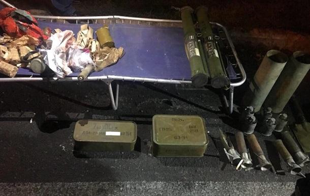 Правоохранители столицы Украины обнаружили арсенал боеприпасов