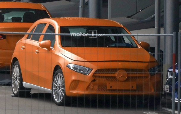 В Сети появились фото Mercedes-Benz A-Class
