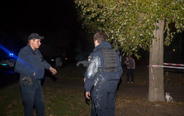 В Днепре 5 полицейских ранены взрывом гранаты