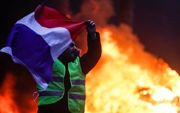 Протесты в Париже: количество задержанных достигло 270