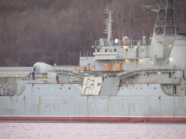 СМИ: Военный корабль РФ получил повреждения в Средиземном море