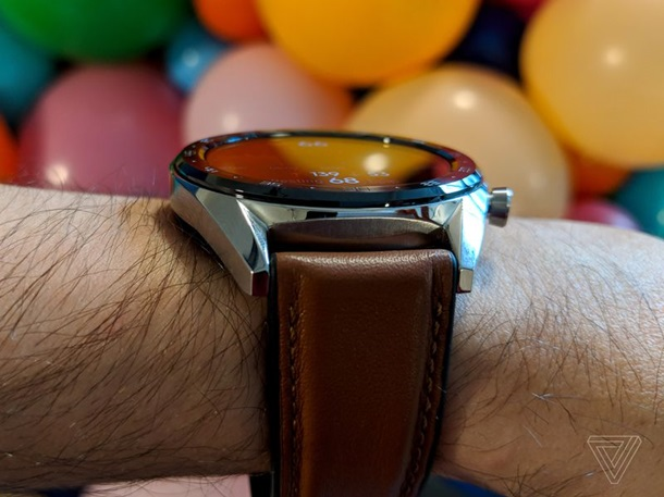 """Huawei показала свои """"умные"""" часы Watch GT"""