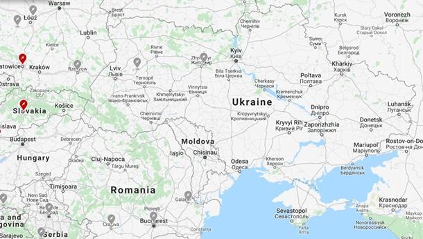 Маск анонсировал появление зарядных станций Tesla в Украине