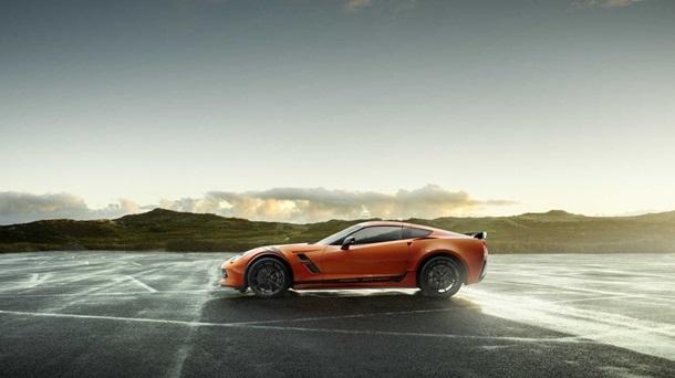 Chevrolet оновила спорткар C7 Corvette