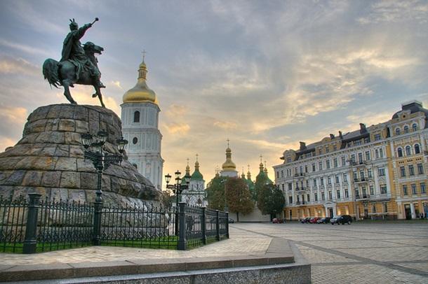 Куди поїхати на 8 Березня: топ-5 кращих напрямків в Україні