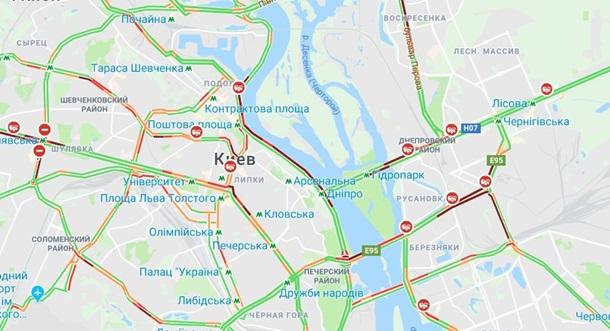 ДТП в Киеве. Фото: GoogleMaps