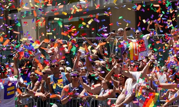 По Нью-Йорку пройшов найбільший ЛГБТ-парад у історії