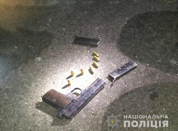 Киевлянин торговал оружием и боеприпасами