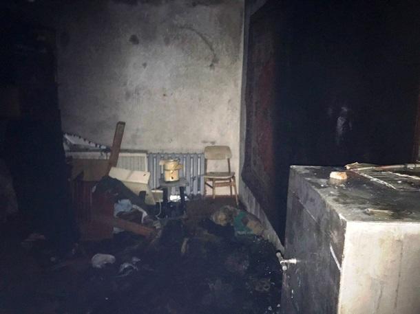 При пожаре в многоэтажке в Житомире погиб человек1
