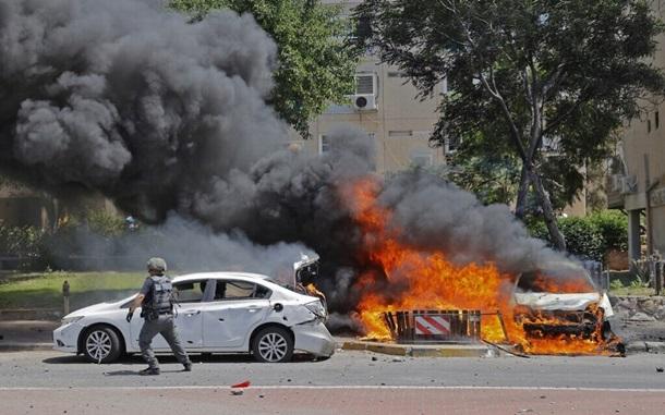 По двум городам Израиля выпустили 40 ракет, есть раненые