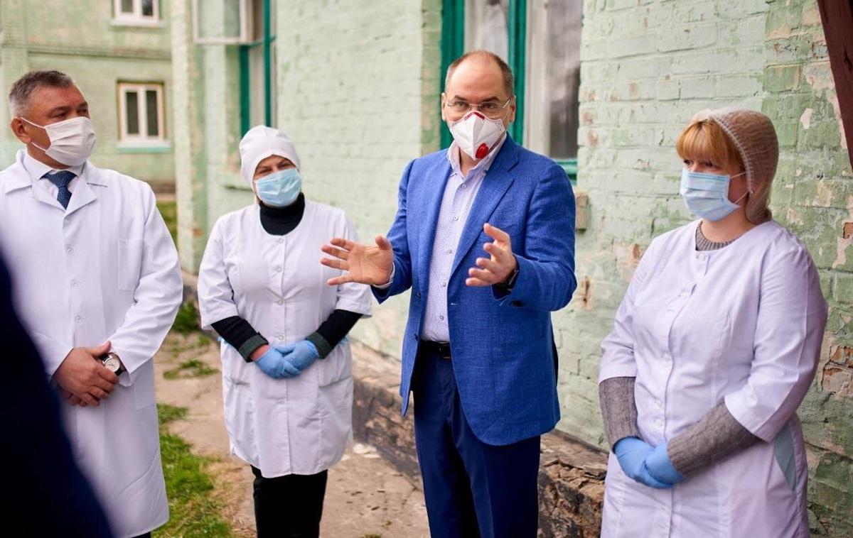 Степанов заявил о манипуляциях с зарплатами врачей - Korrespondent.net