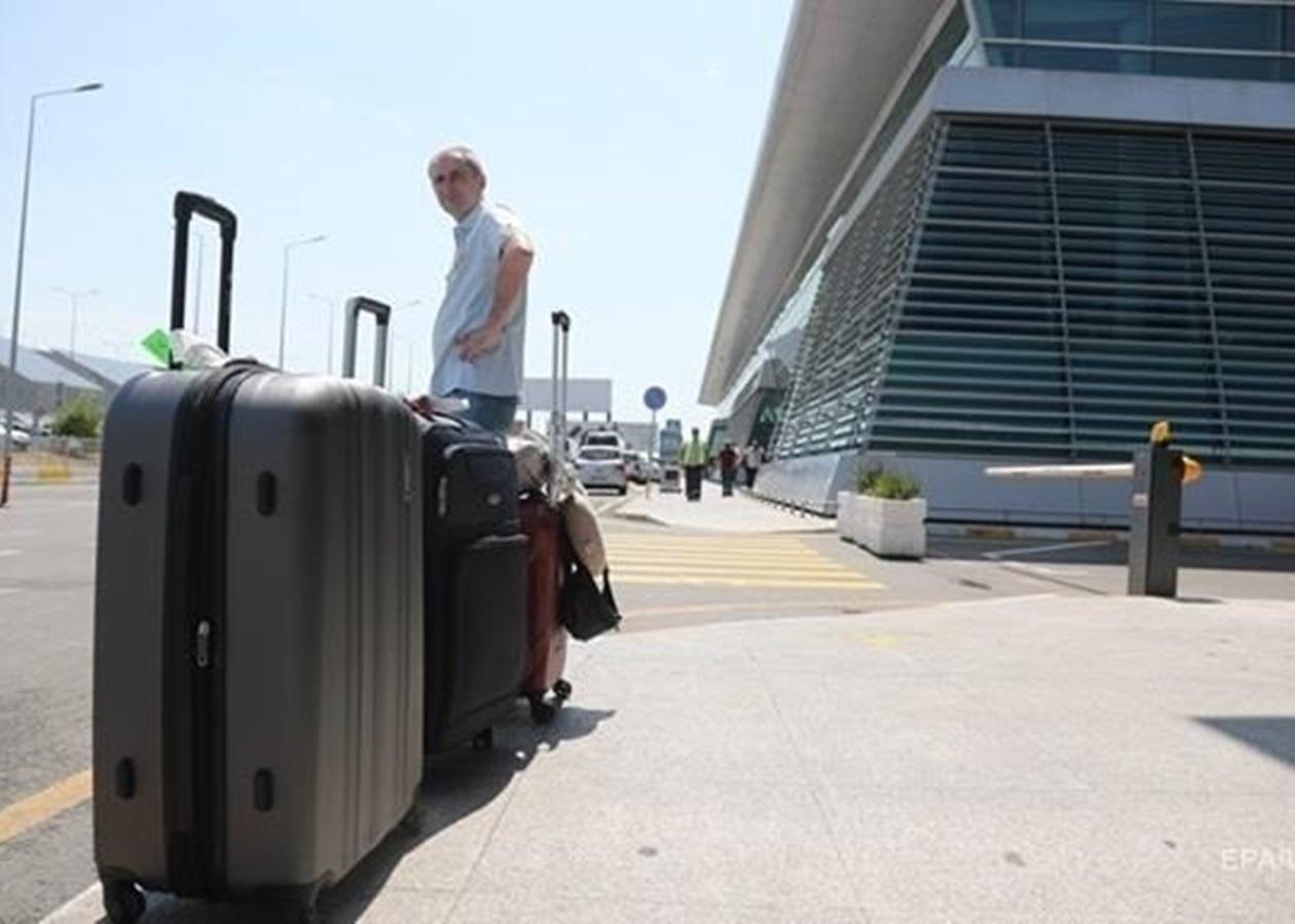 Греция начала собирать 20 евро дополнительно с иностранных туристов за медуслуги, которые получают приезжие.