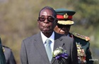 Мугабе и его жене разрешили остаться в Зимбабве
