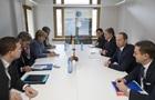 Порошенко і Меркель обговорили розміщення миротворців на Донбасі