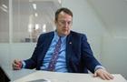 Геращенко пояснив, чому вилизував тарілку в ресторані