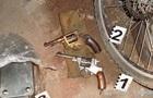 У харків янина поліція знайшла два пістолети і майже тисячу патронів