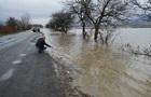 На Закарпатье подтоплены автотрассы и сотни домов