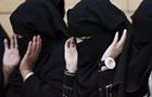 У Саудівській Аравії жінкам дозволили водити мотоцикли і вантажівки