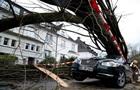 Ураган в Европе: количество погибших выросло до 10