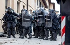 В Италии мужчина устроил стрельбу с балкона