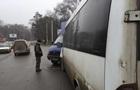 В Запорожье маршрутка врезалась в грузовик с военными