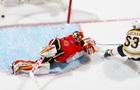 НХЛ: Бостон обыграл Калгари, Чикаго уступил Лос-Анджелесу