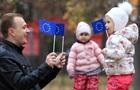 Українці не хочуть, щоб їхні діти жили в Росії - опитування