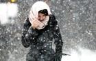 По Украине объявили штормовое предупреждение