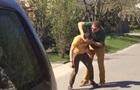 На журналістів 1+1 напали біля будинку міністра
