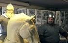 Вірастюк став моделлю для скульптури Іллі Муромця