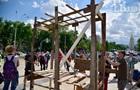 В центре Киева воссоздали хижину ромов