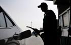 На заправках України стрімко дорожчає бензин