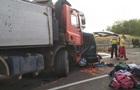 В Венгрии микроавтобус столкнулся с грузовиком: девять жертв