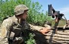 На Донбассе 38 обстрелов, ранены два бойца