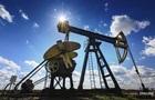 Ціна на нафту падає через зростання запасів у США