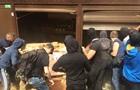 У Києві невідомі влаштували погром на ринку