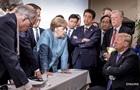 Трамп прокоментував фото з саміту G7, що стало мемом