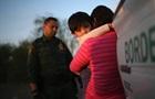 Меланія Трамп розкритикувала вилучення дітей у мігрантів