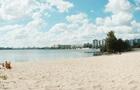 Майже на всіх київських пляжах дозволено купатися