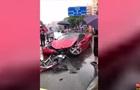 Жінка за кілька хвилин розбила новий Ferrari