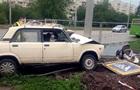 В Харькове ВАЗ сбил детскую коляску: ребенок умер в больнице
