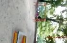 В Киеве хулиганы забросали камнями детей