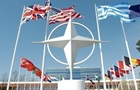 НАТО готов ускорить вступление Украины - Полторак