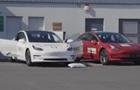 Tesla Model 3 встановила два рекорди