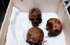 У Єгипті в знайденому чорному саркофазі виявили три мумії