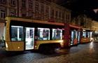Во Львове трамвай сошел с рельсов