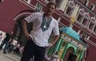 Берінчик у вишиванці в Москві ледь не вдарив перехожого на Красній площі