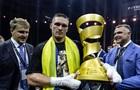 Порошенко і Гройсман привітали Усика з перемогою